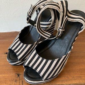 Forever 21 Cutest Black white striped wedge sandal